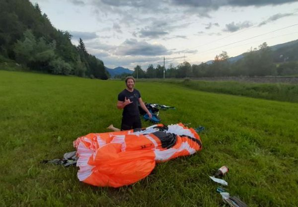 MICHAEL SOMMERAUER FLIES A FAI TRIANGLE WITH THE NEW X-ONE!